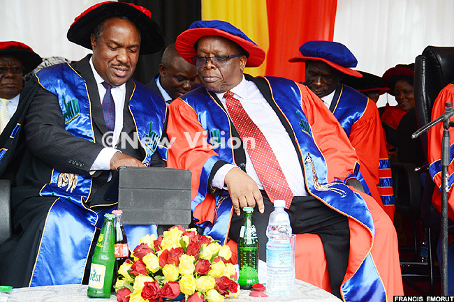 inister r lioda umwesigye left seen her with  ouncil chair rof wabwireangen was the chief guest at the graduation