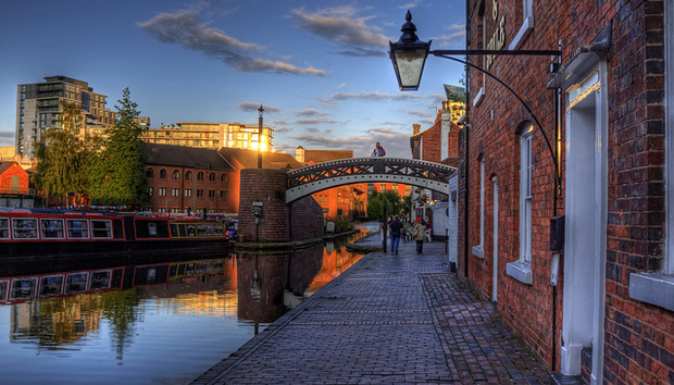 a-canal-and-a-bridge-in-birmingham-via-flickr