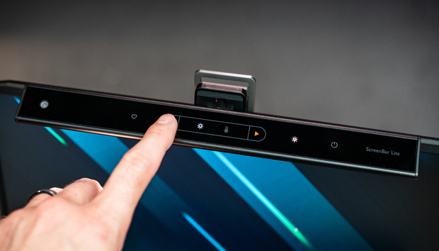 BenQ ScreenBar Lite review: A portable light for your laptop